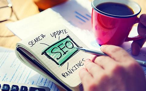 امروز با شما هستیم با مقاله ای در مورد اینکه سئو سایت چیست ؟ و چرا هر مدیر سایتی برای سایت خود باید سئو و بهینه سازی سایت انجام دهد. […]