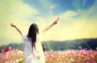 اگر خوشبختی را مرحله ارتقایافته رضایت از زندگی و شادی درونی ترجمه کنیم، برای رسیدن به آن باید عوامل منفی و اثرگذار بر این حس را دور بزنیم؛ یعنی از […]