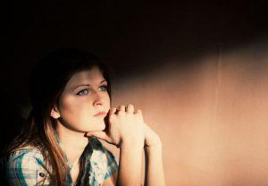 چگونه در هنگام تنهایی حالمان را خوب کنیم؟