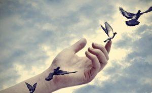 در روزهای سخت و طاقت فرسا امید را انتخاب کن