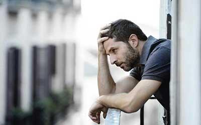 وقتی خودتان را برای یک پیامد بد سرزنش می کنید و یا به خاطر نتیجه یک انتخاب نادرست غصه می خورید یعنی پشیمان شده اید. پشیمانی چندین شکل دارد: حس […]